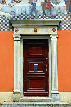 Sophie Vigneault - Gdansk Door