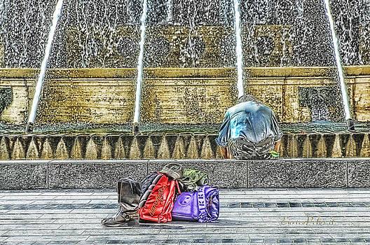 Enrico Pelos - GENOA Sweet Hitchhiker in De Ferrari square