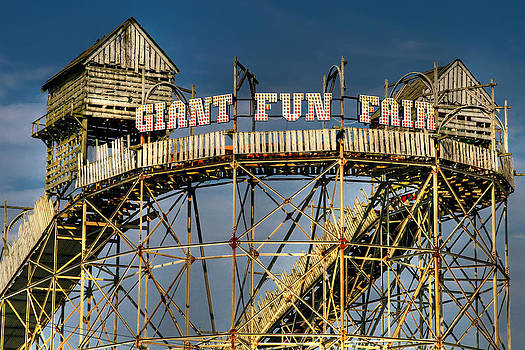 Adrian Evans - Giant Fun Fair