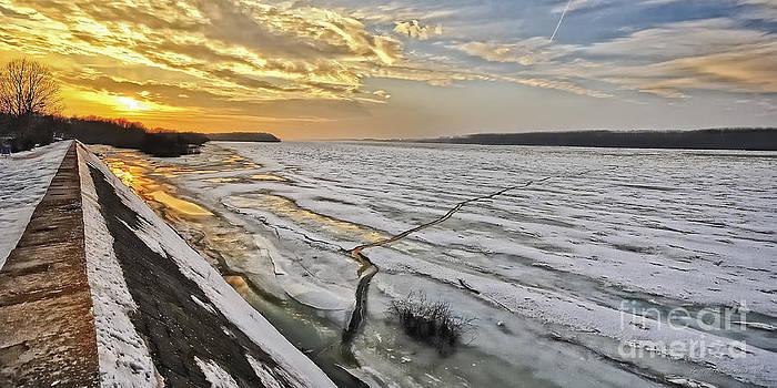 Glaciation of the Danube. by Evmeniya Stankova