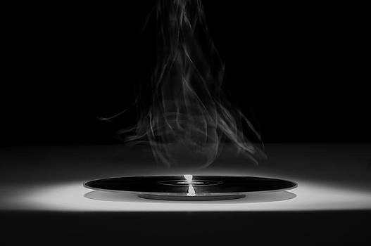 Glowing Disk by Matthias Krapp
