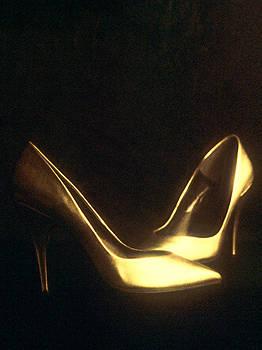 Stuart Brown - Golden Dancing Shoes