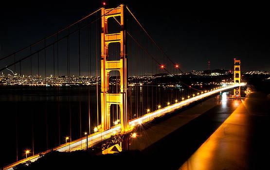 Golden Gate Bridge  by Lucas Tatagiba