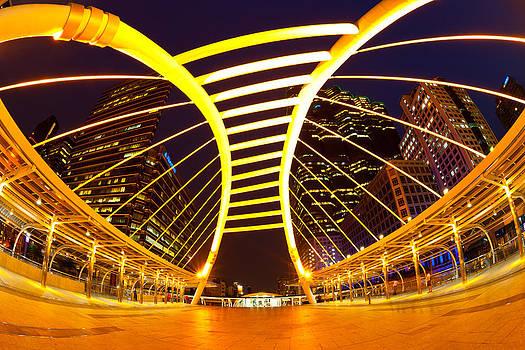 Golden Line by Subpong Ittitanakul