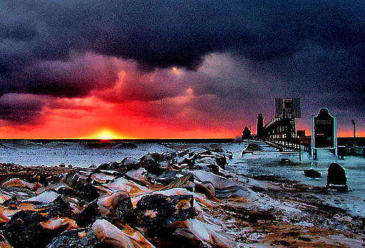 Matthew Winn - Grand Haven Sunset