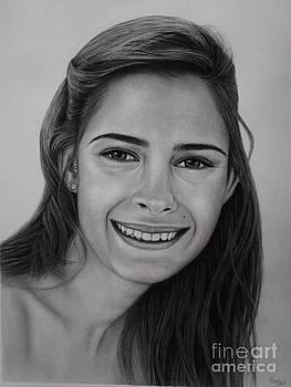 Graphite portrait by Paula Ludovino