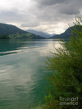 Danielle Groenen - Green Austrian Lake