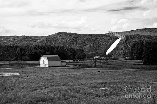 Kathleen K Parker - Green Bank Telescope and the White Barn in BW
