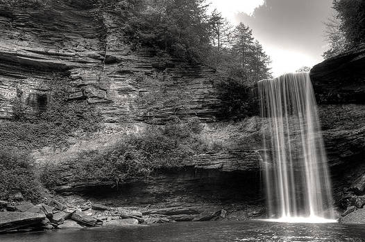 Greeter Falls by Erik Perozo