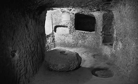 Kantilal Patel - Grindstone at underground Derinkuyu