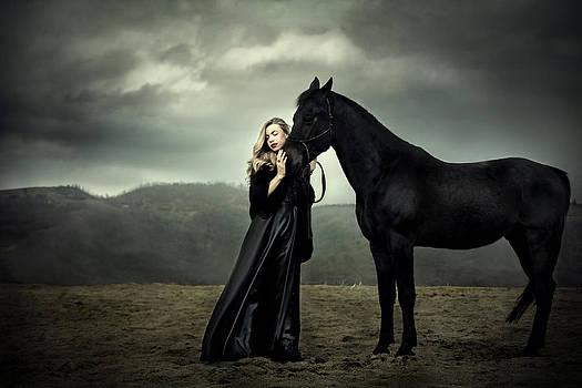 Her shadow by Nadja Berberovic