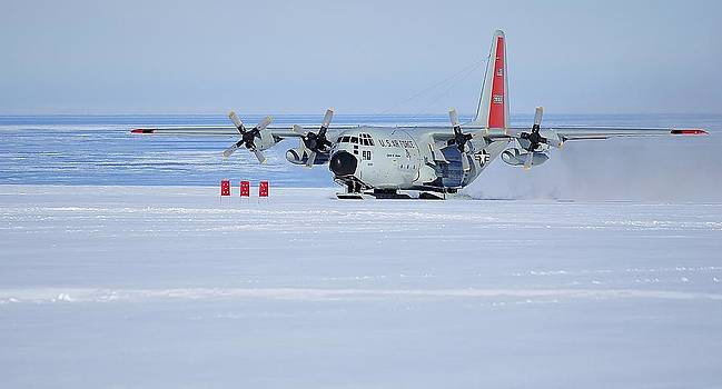 Hercules LC 130H 09 by David Barringhaus