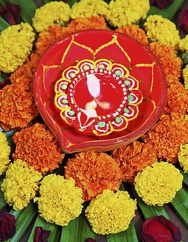 Kantilal Patel - Hindu Floral Rangoli Diva