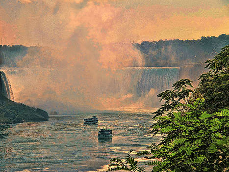 LAWRENCE CHRISTOPHER - HORSESHOE FALLS CANADIAN NIAGARA FALLS