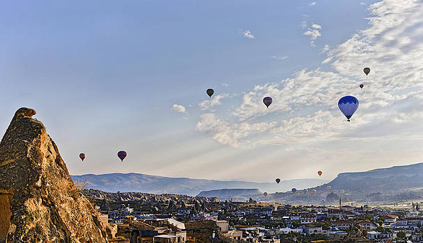 Kantilal Patel - Hot air balloons morning drift