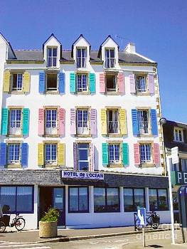 Hotel de L'ocean by Roswitha Schmuecker