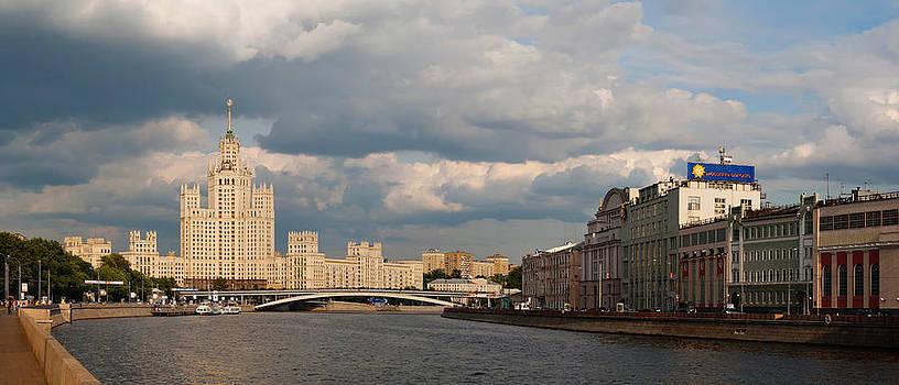 House on Kotelnicheskaya Embankment. Moscow by Konstantin Gushcha