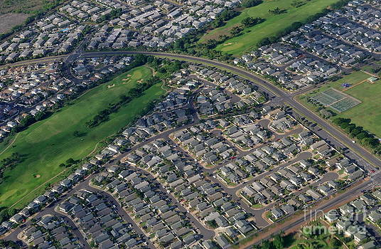 Sami Sarkis - Housing development and highway