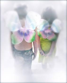 Gwyn Newcombe - I Dreamed I Was A Butterfly