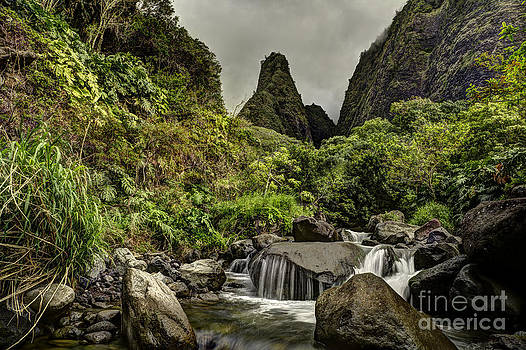 Iao Needle by Tom Cuccio