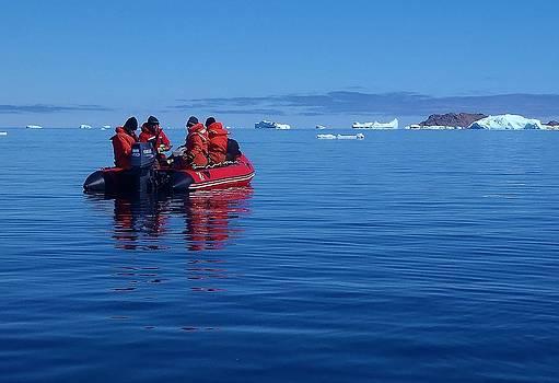 Iceberg Hunters 03 by David Barringhaus
