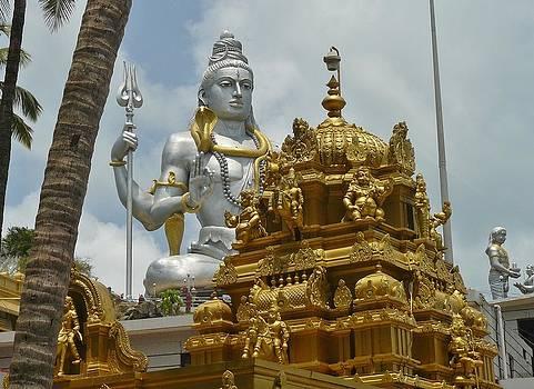 Inside Murudeshwara Temple by Sandeep Gangadharan