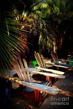Susanne Van Hulst - Its Margarita Time in Paradise