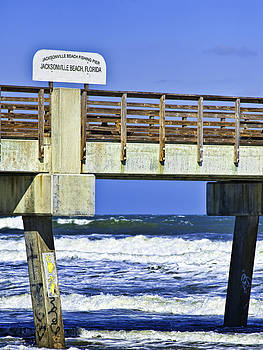 Jacksonville Beach Fishing Pier by Frank Feliciano