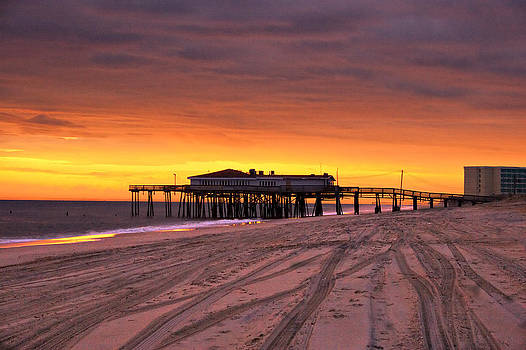 Mary Almond - Jennettes Pier