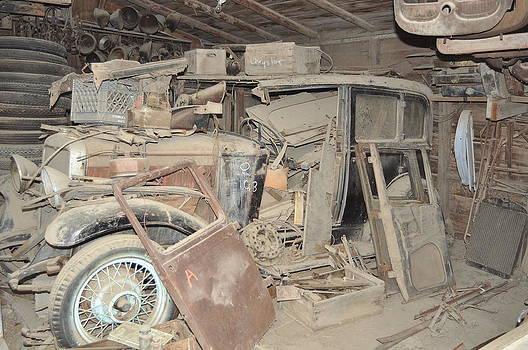 Jensens Garage by Brent Easley
