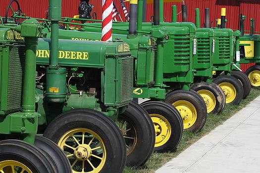 Johne Deere tractors by Ralph Hecht
