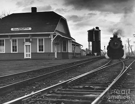 Myron Wood and Photo Researchers - Kansas Train Station