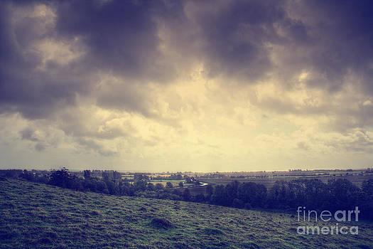 Lee-Anne Rafferty-Evans - Kent Countryside England