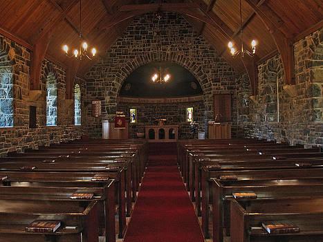 Kilmore Church Dervaig by Steve Watson