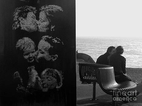 Kissing Couples by Karin Ubeleis-Jones
