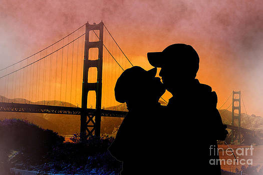 Ming Yeung - Kissing under Golden Gate