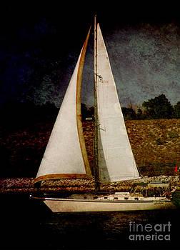 Susanne Van Hulst - La Paloma Blanca Boat