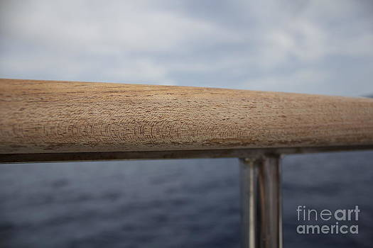 La Proue d'un bateau by Damien Gomez
