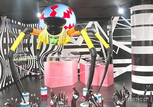 Chuck Kuhn - Lady Gaga Spider II