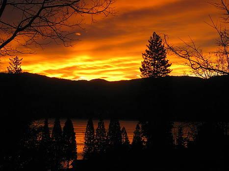 Lake Arrowhead Sunrise by Diana Poe