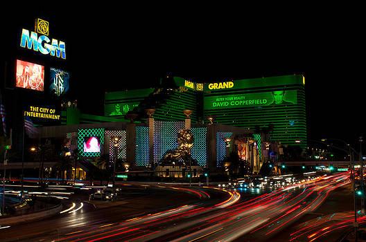 Las Vegas by Lucas Tatagiba