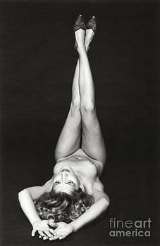 Laying Female Nude by Silva Wischeropp