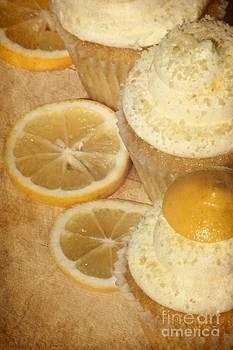 Sophie Vigneault - Lemon Cupcakes