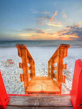 Life guard watch tower by Jenny Ellen Photography