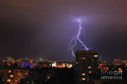 Lightning by Evmeniya Stankova