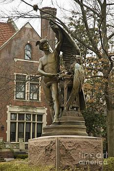 Tim Mulina - Lindell Statue