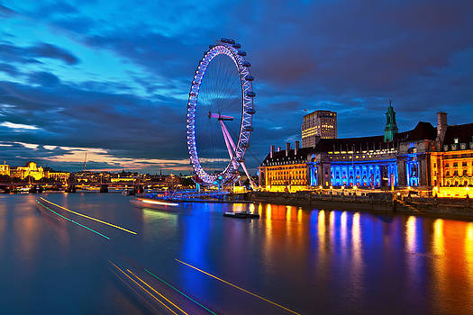 london Eye Nightscape by Arthit Somsakul