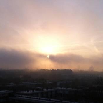 London Morning by Derek Kaplan