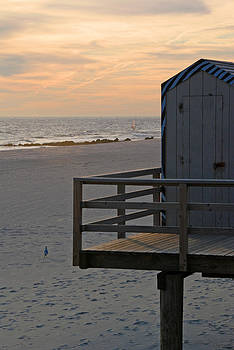 Long Beach Guard Booth by David Clark