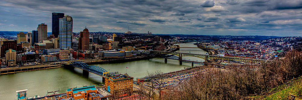 David Hahn - Looking down the Monongahela River